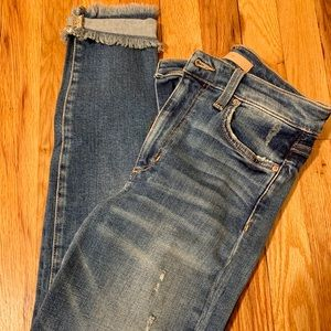 Joe's Charlie high rise skinny ankle. Size 25